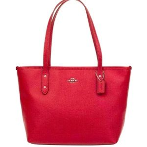 Coach City Zip Tote In Red Pebble Leather